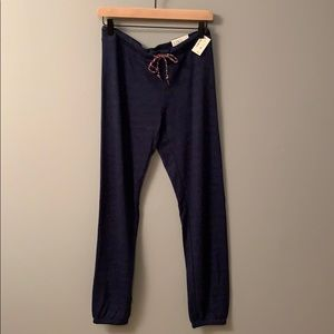 Navy Aeropostale relaxed cinch pant